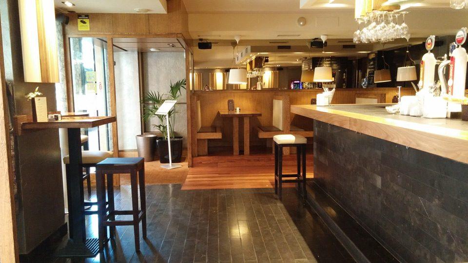 Bar Aker Susaeta Interiorismo