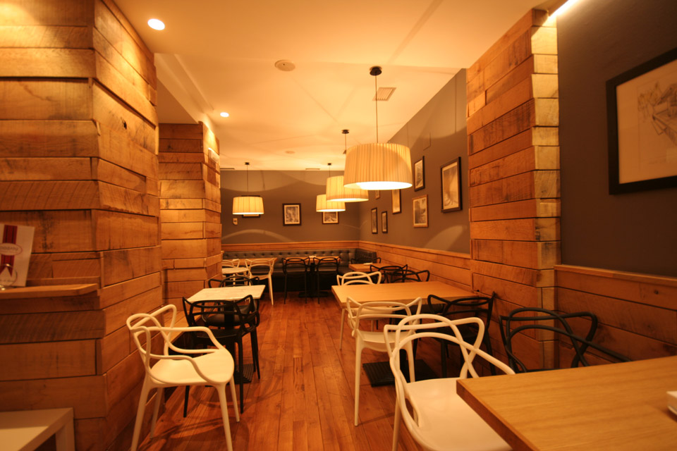 Detalle mobiliario Bar Gozatu en García Rivero