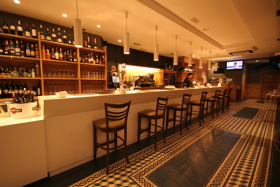 Interior Bar Gozatu en García Rivero