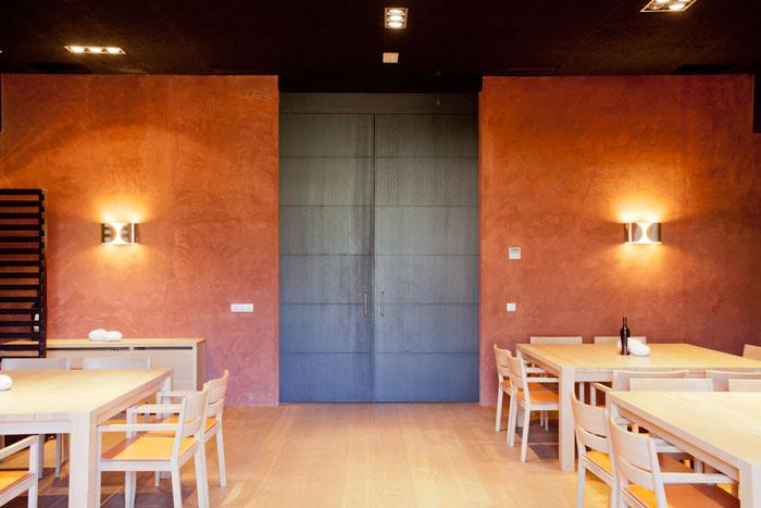 Distribución en madera comedor Restaurante Ysios