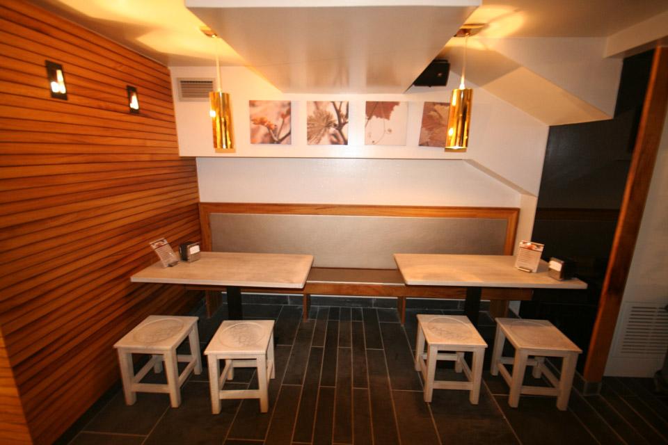 Mobiliario de madera Ardotegi Iturri