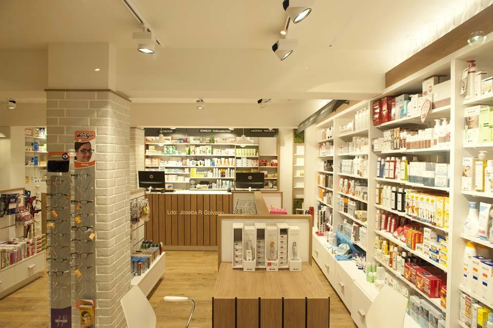 interior-farmacia-joseba-golvano