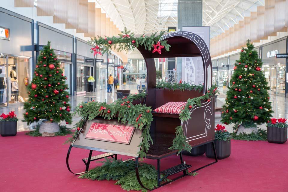 Christmas sleigh. MegaPark