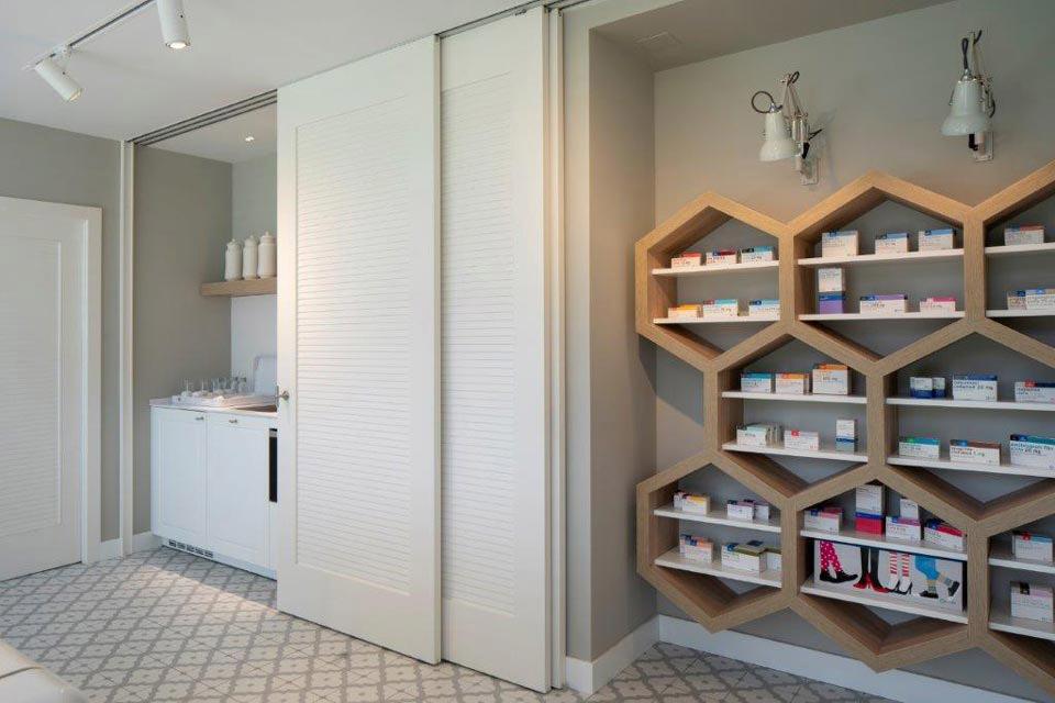 showroom-cinfa-puerta-3