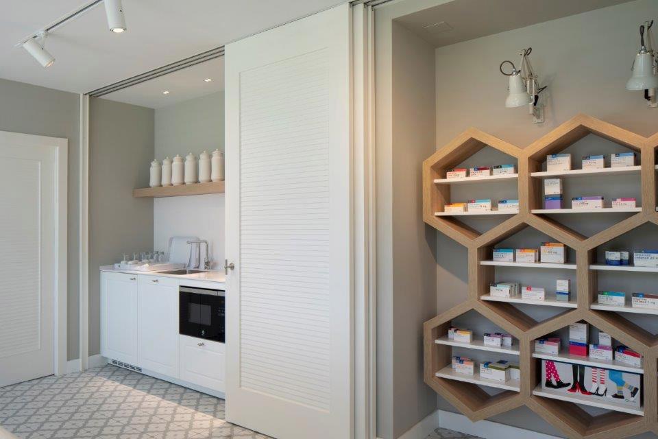 showroom-cinfa-puerta-4
